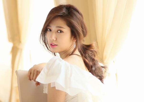 Park Shin Hye600