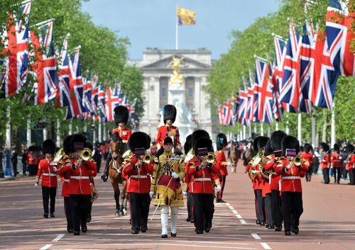 女王陛下の近衛軍楽隊500